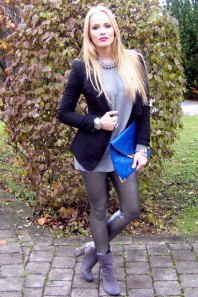 snake boots | silver leggins... | Style my Fashion