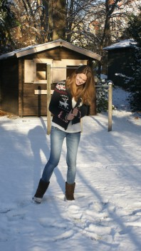Reindeer Cardigan | in the snow | Style my Fashion