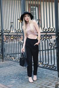 Rosefarbenes T-Shirt kombinieren: 'Blush farbenes Crop Top' (Damen, Shirt, rosa, Bilder) | Style my Fashion
