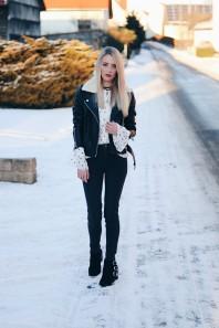 Schwarze Lederjacke kombinieren: 'Schwarze Lederjacke mit Fellkragen' (Damen, Jacke, schwarz, Bilder) | Style my Fashion