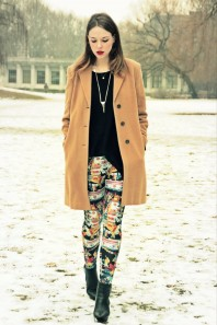 schwarze Stiefeletten | print leggings | Style my Fashion