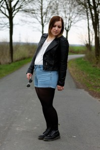 Dr. Martens | I Walk The Line | Style my Fashion