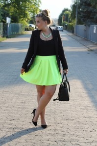 blazer | neon love | Style my Fashion