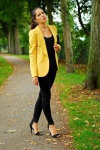 Black heels | Yellow moment | Style my Fashion