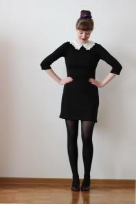 schwarzes Kleid mit Spitzenkragen | Preppy dress | Style my Fashion