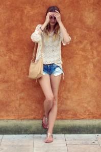 Hellblau/dunkelblaue Jeans-Shorts kombinieren: 'Bershka Jeans Shorts' (Damen, Jeans, blau, Bilder) | Style my Fashion
