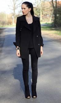 Schwarze Slimfit-Jeans kombinieren: 'Skinny black jeans' (Damen, Jeans, schwarz, Bilder) | Style my Fashion