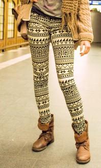 schwarz-weiße Legging mit Ornamenten | Stylish durch B... | Style my Fashion