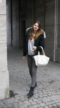Gemütliches, gestreiftes Sweatshirt | first outfit of... | Style my Fashion