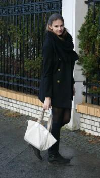 schwarzer, schöner Mantel | shorts in winte... | Style my Fashion