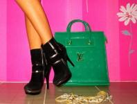schwarze Stiefel mit goldenen Streifen | Accessorires mi... | Style my Fashion