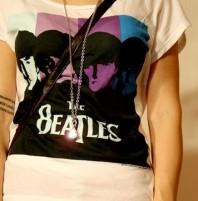 Shirt und Kette