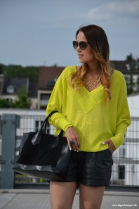 Neon Sweater | NEON Sweater | Style my Fashion