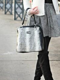 schwarz-weiße Henkeltasche | Die Overknees,... | Style my Fashion