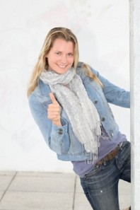 Grauer Schal für Wind und Wetter | Jeans-Love | Style my Fashion