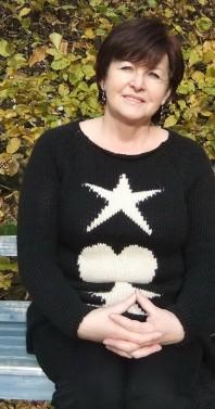 Pullover mit 2 Sternen und einem Herz