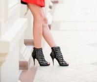Verzierte Stiefeletten   Lady in red   Style my Fashion
