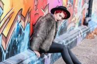 Kunstfell Kurzjacke | Graffiti Love | Style my Fashion