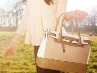 Hellgrau/hellbraun/weiße Handtasche kombinieren: 'Tasche' (Damen, Tasche, grau, braun, weiß, Bilder) | Style my Fashion