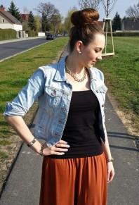 Mintblaue Jeansjacke kombinieren: 'kurze Jeansjacke von Primark' (Damen, Jacke, blaugrün, blau, grün, Bilder) | Style my Fashion