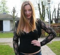 Schwarzes T-Shirt kombinieren: 'Rückenfreies Shirt' (Damen, Shirt, schwarz, Bilder) | Style my Fashion