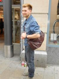 Umhängetasche aus braunem Leder | Demin Look | Style my Fashion