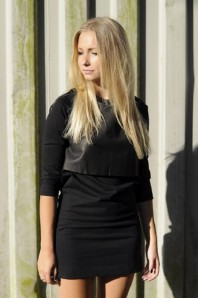 Elegantes schwarzes Kleid mit Lederdetail | Edler Look in s... | Style my Fashion