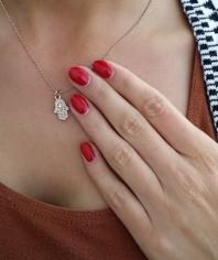 Goldene Kette kombinieren: 'Hand der Fatima Kette' (Damen, Schmuck, braun, gelb, Bilder) | Style my Fashion