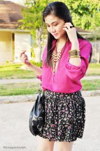 schwarzer Rock mit violetten Blumenmuster | Ein Traum in Ma... | Style my Fashion