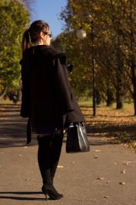 Schwarze Stiefel kombinieren: 'Overknee-Stiefel (schwarz)' (Damen, Schuhe, schwarz, Bilder) | Style my Fashion