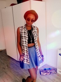 Taubenblauer Rock kombinieren: 'Kurzer jeansrock' (Damen, Rock, blau, Bilder)   Style my Fashion