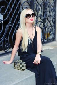 Schwarze Sonnenbrille kombinieren: 'Prada Sonnenbrille' (Damen, Brille, schwarz, Bilder) | Style my Fashion