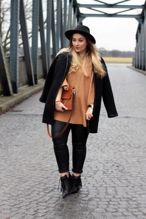 Cognacfarbener Pullover, Lederhose | Style my Fashion
