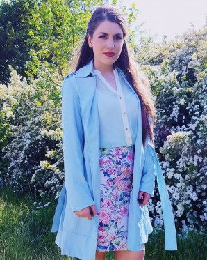 blue coat + flower print skirt - wedding guest look | Style my Fashion