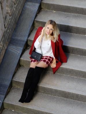 SKIRT & OVERKNESS  | Style my Fashion