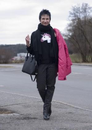 Trendy Sweater - Lena L. (Freizeit   Streetwear, Bilder)   Style my ... d9ae86b52a