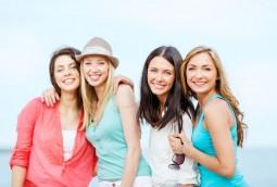 Sommerteint: Diese Farben lassen uns weniger blass wirken | Style my Fashion