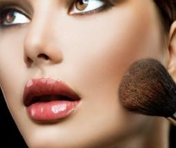 Bronzer, Rouge und Co. für einen strahlenden Teint | Style my Fashion