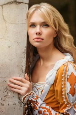 Mittelalter-Trend: Gelebte Geschichte mit authentischer Mode  | Style my Fashion