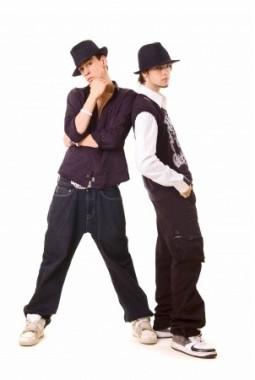 Stylisher Dance Look mit Jasshosen