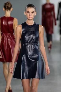 Model Tiana Perry auf der Calvin Klein Collection Modenschau während MBFW Spring 2015 in New York