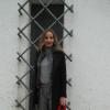 Monochrome Grau mit Rotem Accessoire | Style my Fashion