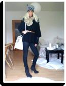 Smarter Herbstlook, mit Ponchopullover, Skinnyjeans, Bucket-Bag und Cat-Beanie | Style my Fashion